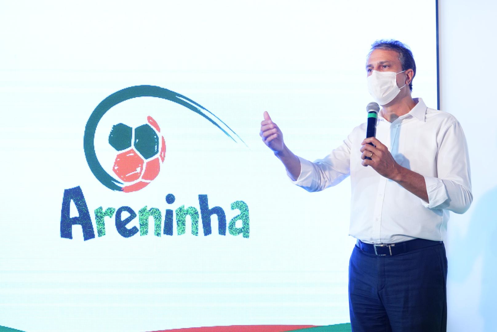 Governo do Ceará chega a 96 areninhas entregues ao inaugurar mais quatro equipamentos no Interior