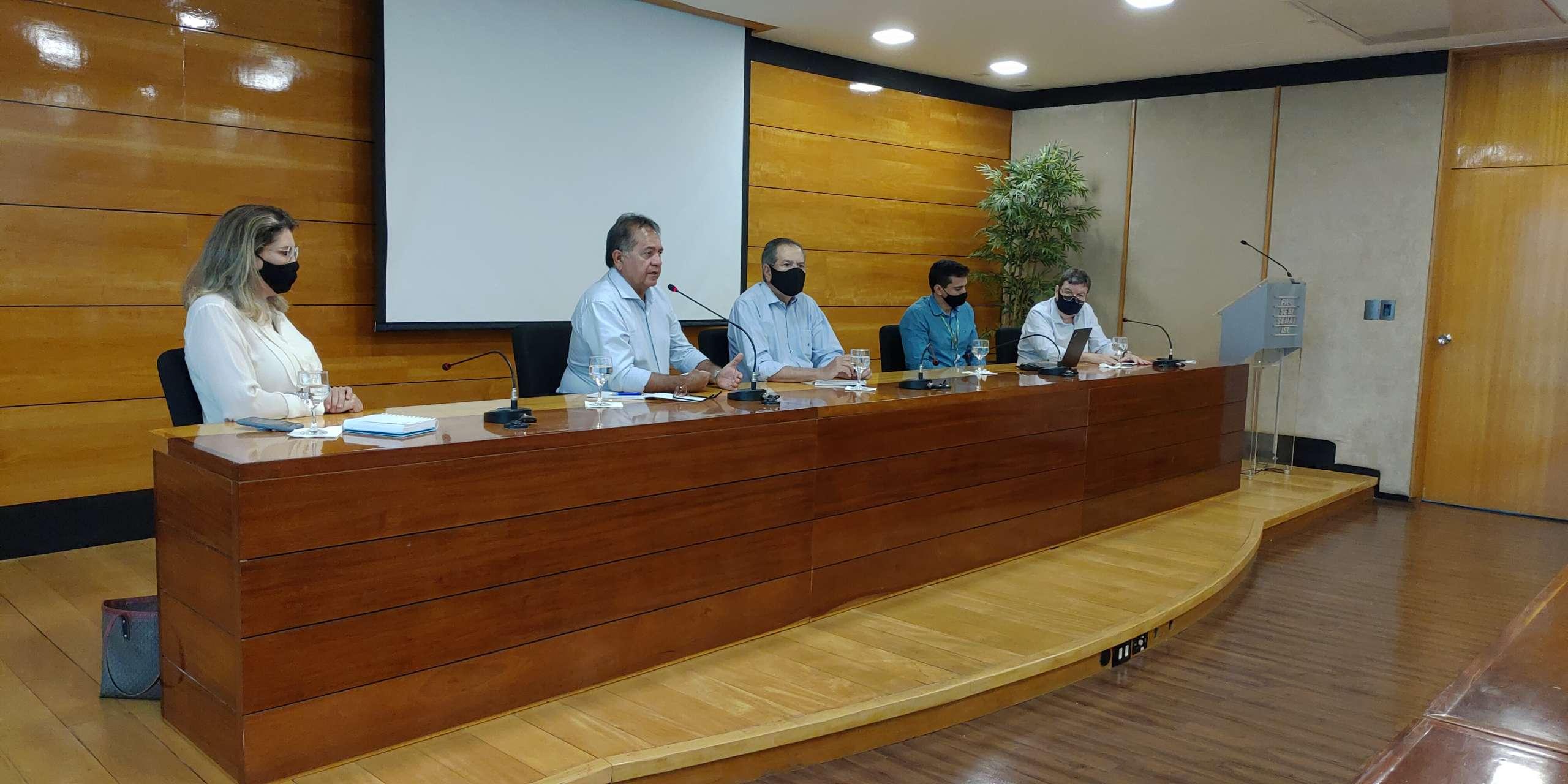 Representantes de SOP, CIPP, AECIPP, Enel e empresários discutem solução para interferências na CE-155