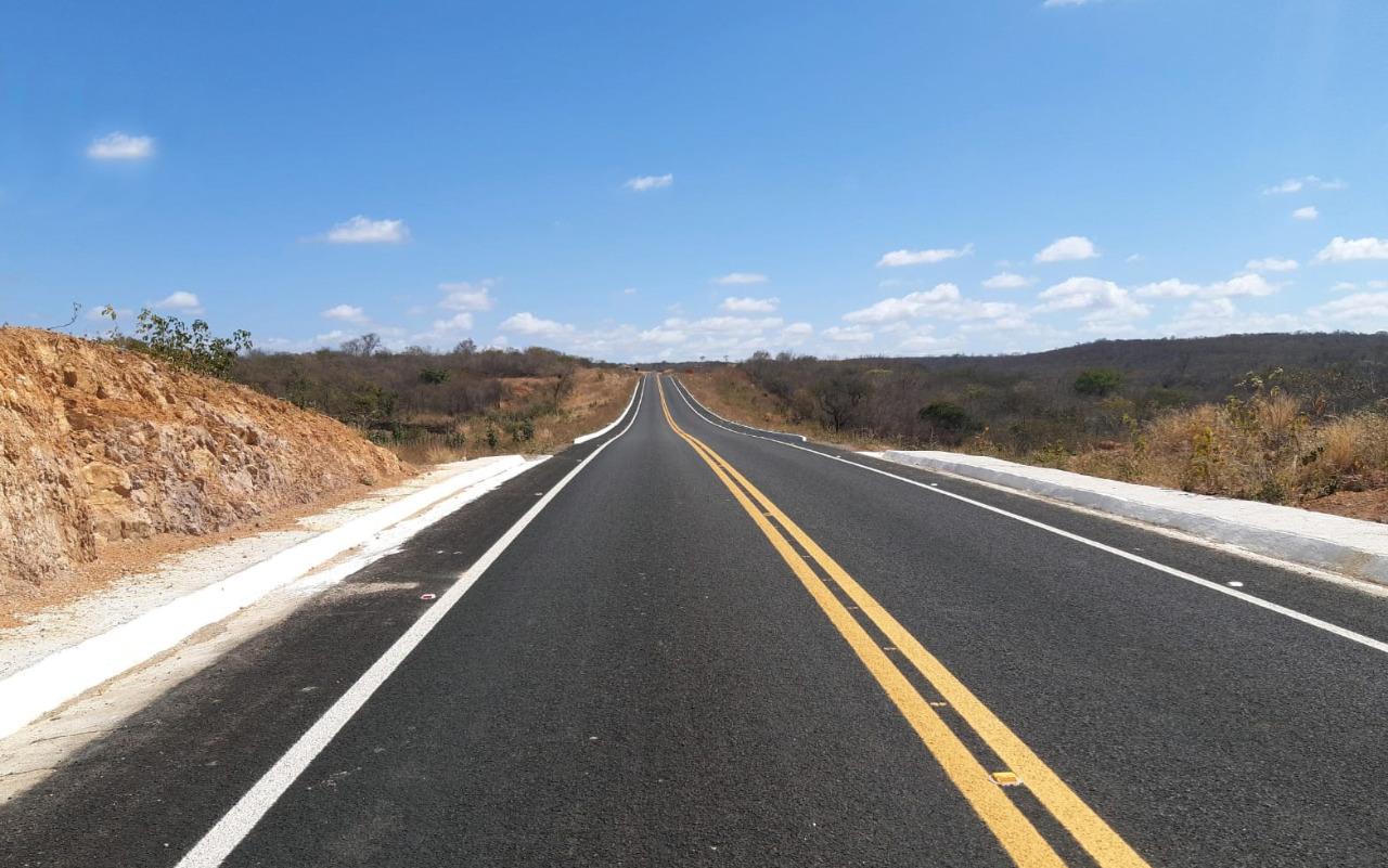 Pavimentação de 25,9 km entre Campos Sales e Barão de Aquiraz está pronta